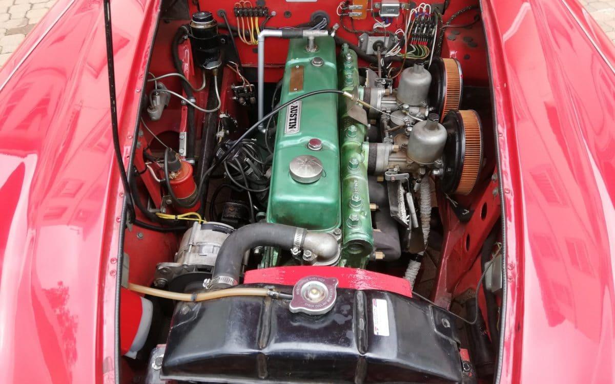 1958 Austin Healey 100-6 BN4 14
