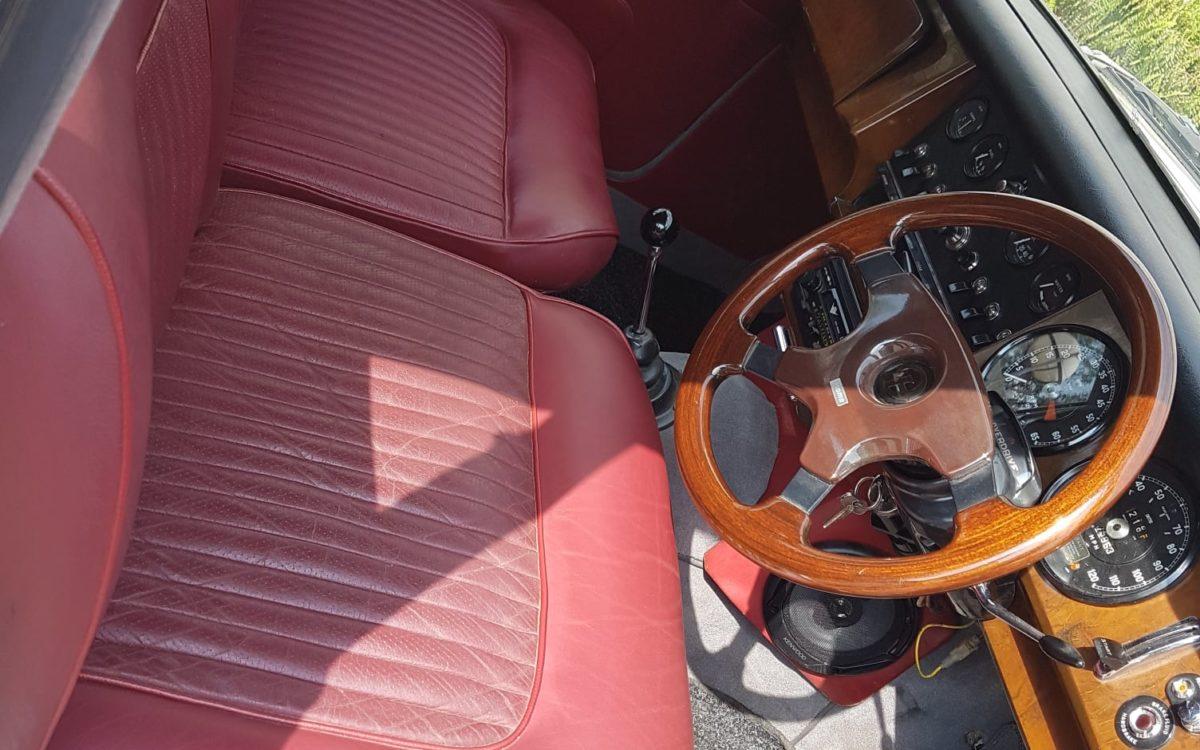 Daimler 250 v8 7