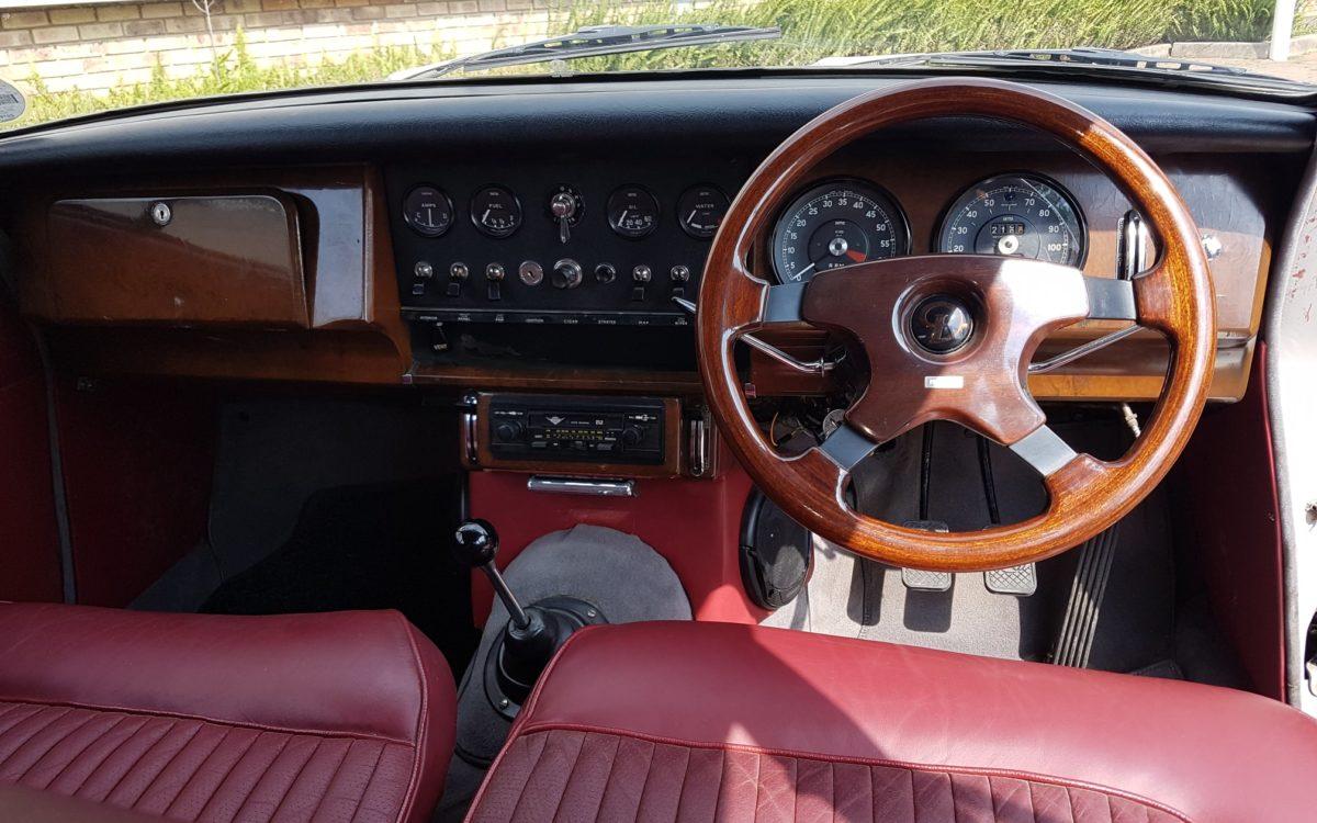 Daimler 250 v8 8